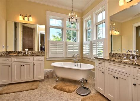 """Vintage Bathroom Ideas - 12 """"Forever Classic"""" Features"""