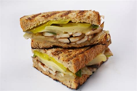 Grilled King Oyster Mushroom and Poblano Sandwich - The