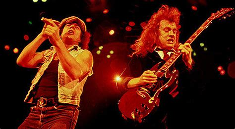 Rare Footage Of 1986 AC/DC Concert Has Just Been